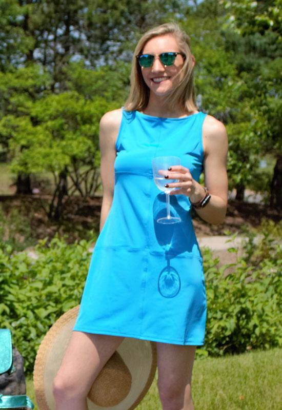 nicola-turq-wine.jpg